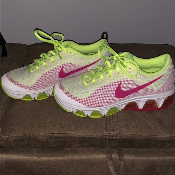 the latest 091f1 185bd Nike air max Tailwind 6 sneakers. M 5d12ba6b16105de30a23ed8c